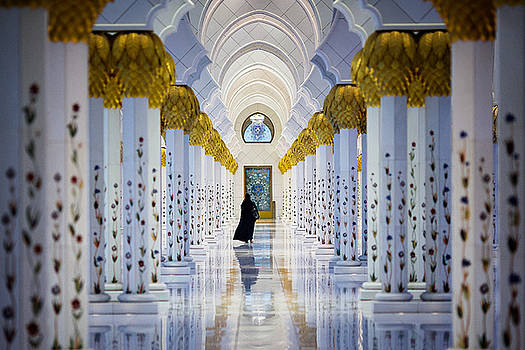 Sheikh Zayed Grand Mosque by Ian Good