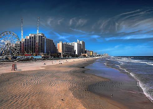 Shoreline by Jim Hill