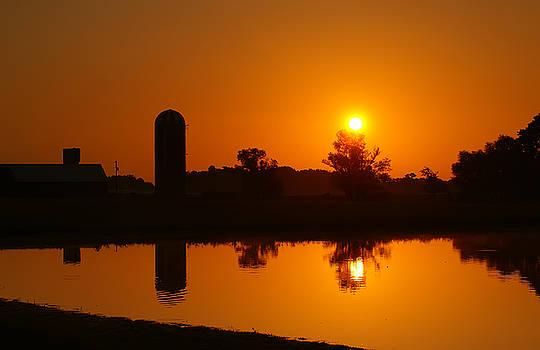 Silo Sunrise by Keith Bridgman