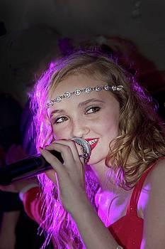 Singing Star Kalysta Minton by Randall Branham