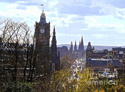 Skyline Edinburgh by Don Kenworthy