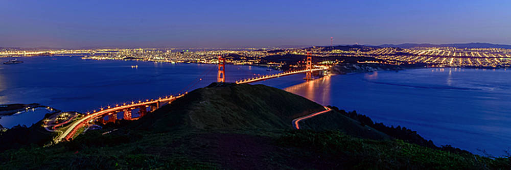 Slacker Hill View by Mike Ronnebeck