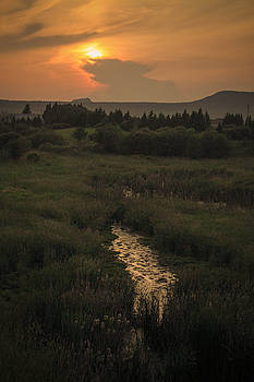 Slate River Sunset by Tingy Wende
