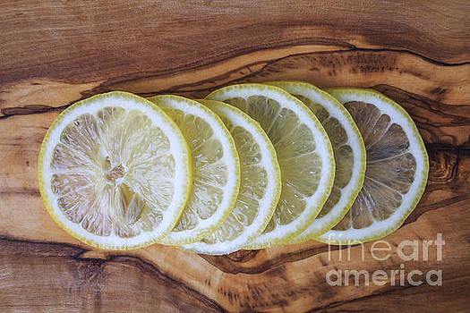 Edward Fielding - Slices of lemon