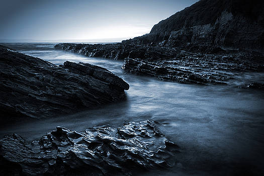 Smooth and Jagged by Matt  Trimble