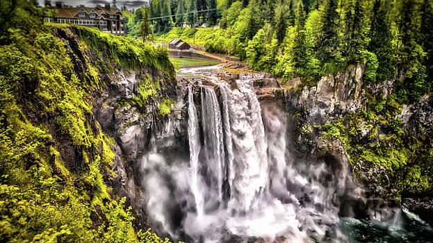 Snoqualmie Falls  by Matthew Ahola