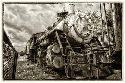 Snoqualmie Locomotive by Matthew Ahola