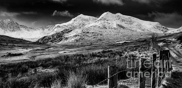 Adrian Evans - Snowdon Winter