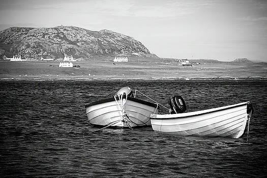 Sound of Iona by Ray Devlin