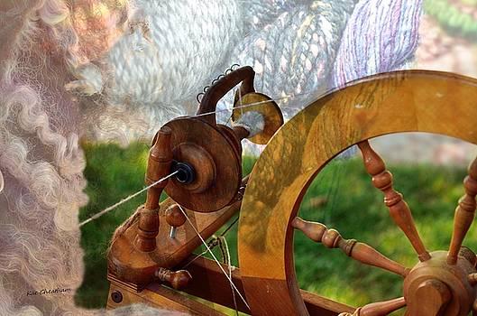 Kae Cheatham - Spinning Art