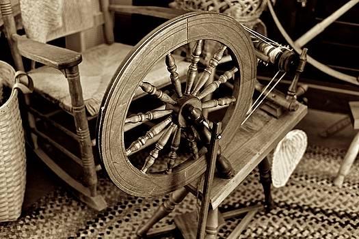Spinning the Thread by Richard Gehlbach