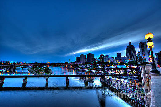 St Paul MN Skyline Robert Street Bridge by Wayne Moran