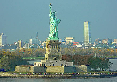 Statue of Liberty by Emmy Marie Vickers