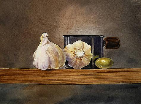 Irina Sztukowski - Still Life With Garlic and Olive