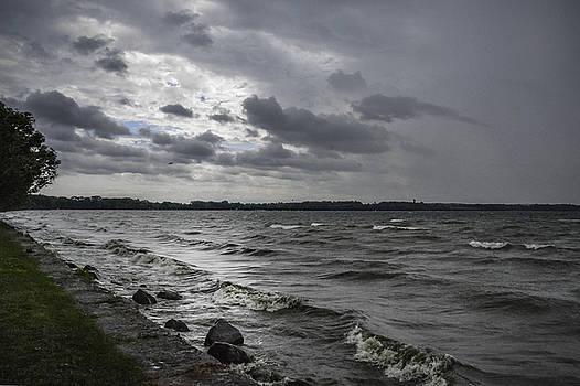 Judy Hall-Folde - Storm Coming on Lake Seneca