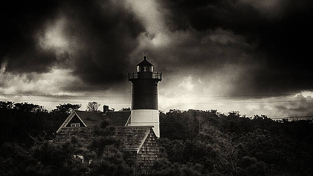 Storm's Coming by Kate Hannon