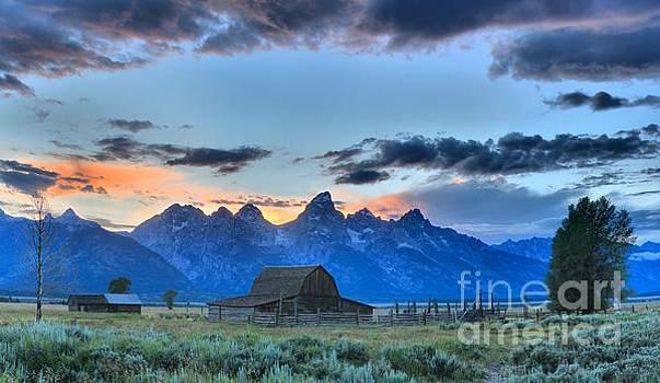 Adam Jewell - Stormy Skies In The Tetons