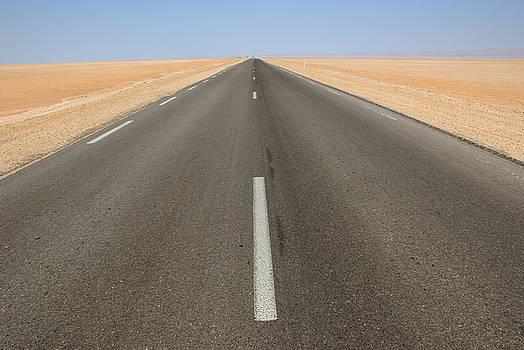 Sami Sarkis - Straight road in desert