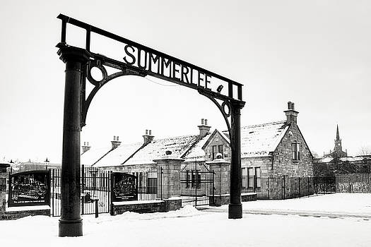 Summerlee in the Snow by Ray Devlin