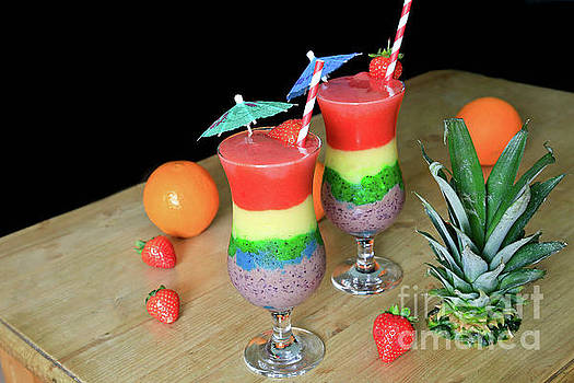 Summertime Smoothies by Tracy Hall