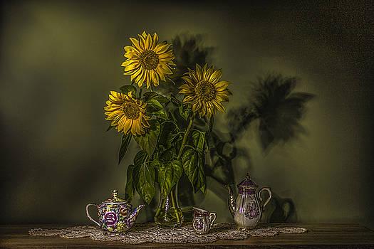 Sun Flowers by Vjekoslav Antic