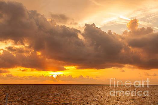Sunrise by Juan  Silva