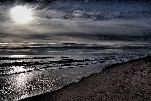 Sunrise Ocean City, Maryland by Wayne Higgs