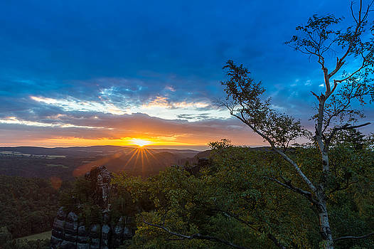 Sunrise on the Schrammsteine by Andreas Levi