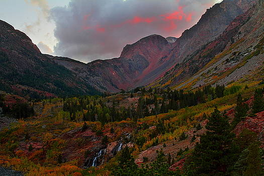 Sunset at Lundy Canyon during Autumn in the Eastern Sierras by Jetson Nguyen