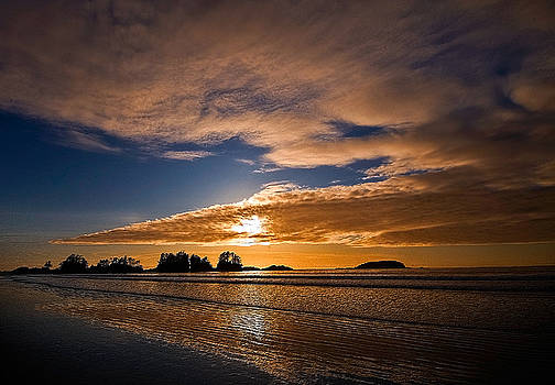 Sunset at Tofino by Detlef Klahm