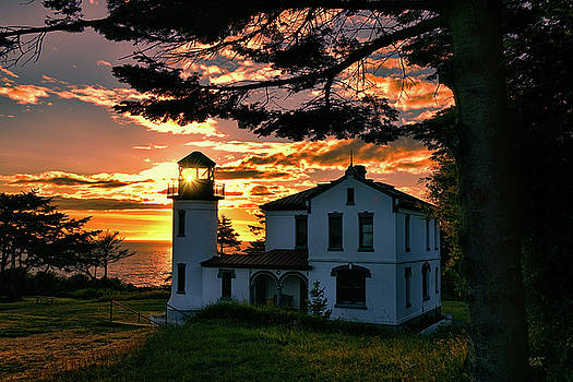 Sunset Lighthouse by Rick Lawler