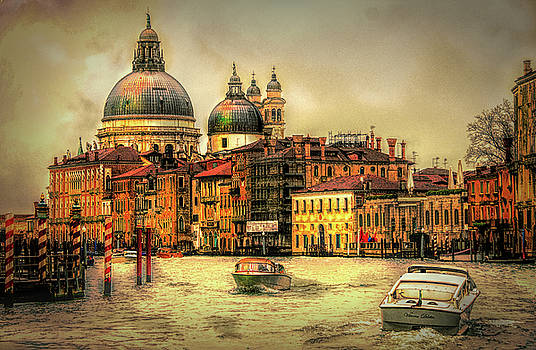Sunset on The Grand Canal by Brian Tarr