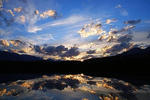 Larry Ricker - Sunset over Annette Lake
