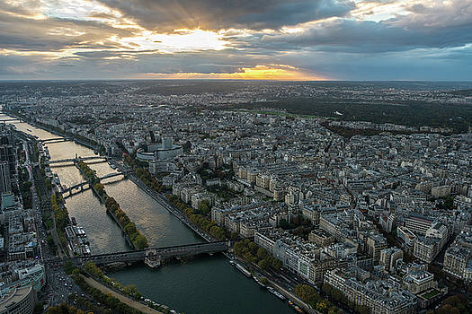 Sunset over the Seine in Paris by Mike Reid