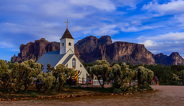 Superstition Church by Mike Ronnebeck