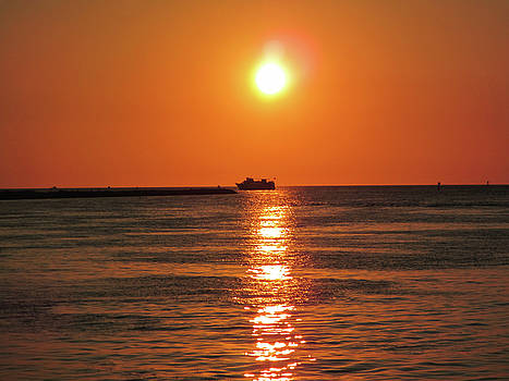 Tampa Bay Sunset 3 by Marilyn Hunt