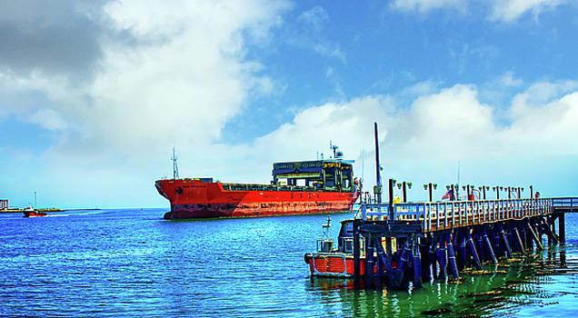 Tanker Ship 1 by Joseph Hollingsworth