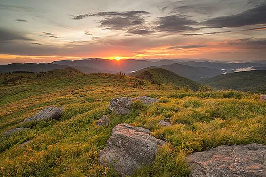 Tennent Mountain Spring by Derek Thornton