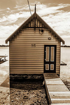 The Boat Shed 3 by Naomi Burgess