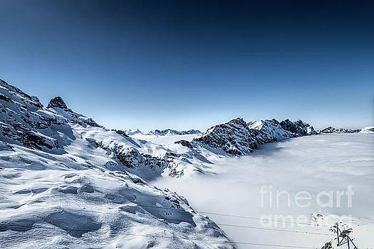 The clouds below by Pravine Chester