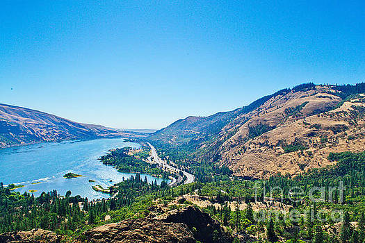 The Columbia River Gorge by Ansel Price