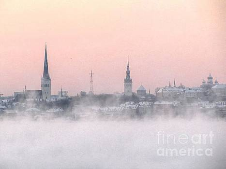 the fog in Tallinn by Yury Bashkin