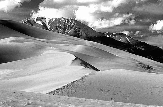 James BO  Insogna - The Great  Sand Dunes Colorado BW