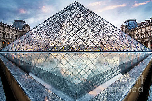 The Louvre, Paris by Martin Williams