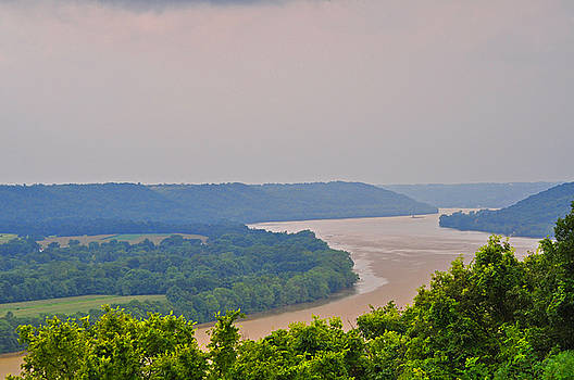 The Ohio by Peter  McIntosh