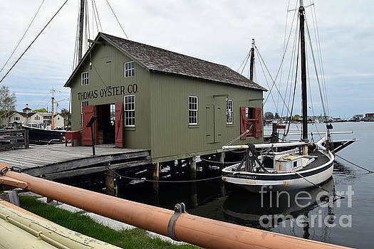 The Oyster House by Leslie M Browning
