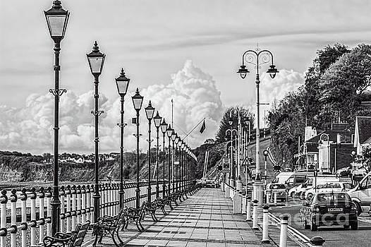 Steve Purnell - The Promenade Penarth Mono