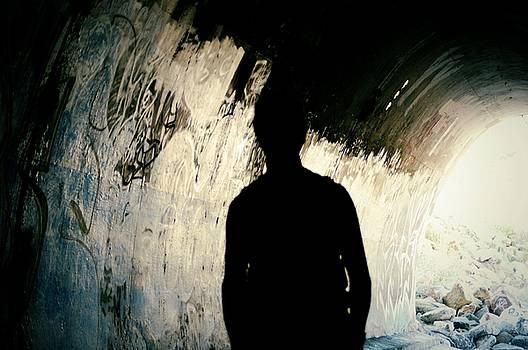 Cindy Nunn - The Shadow Man Awaits