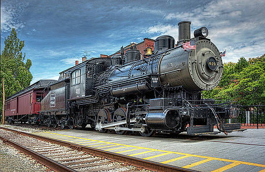 The Steam Engine #401 by Lee Fortier