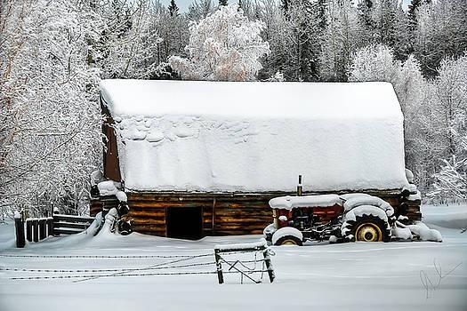The Winter Barn by Steve  Milner